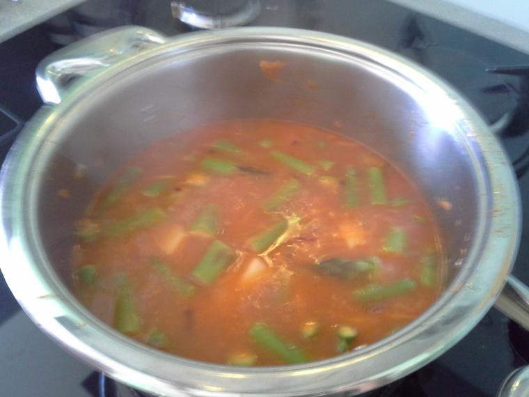 Spargljeva juha iz spargljev (4)