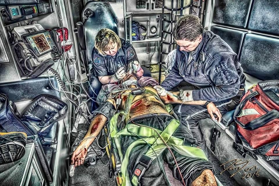 oskrba pacienta v resevalnemu vozilu