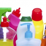 Neustrezna raba in ravnanje s kemikalijami predstavljata večje možnosti izpostavljenosti ljudi in onesnaževanja okolja