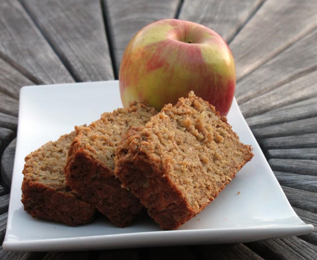 jabolko-in-kruh