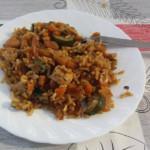 Rižota z arašidi, bučkami in piščancem